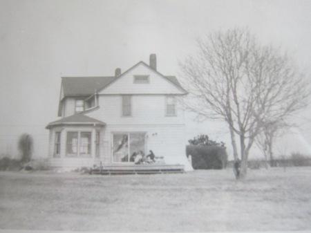 Farmhouse in Water Mill, NY