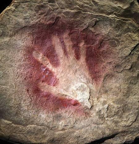 chauvet-cave-hand-print