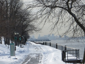 Looking south along the Hudson River Greenway.